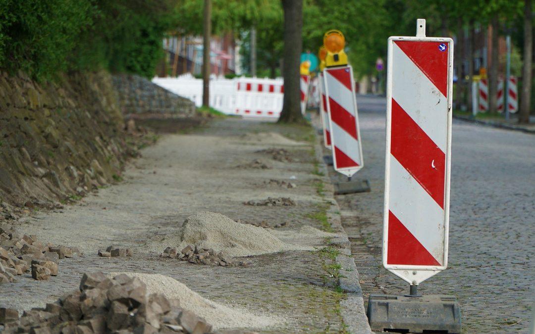 Motion déposée par le groupe ECOLO visant la réalisation d'un cadastre des trottoirs et la définition de critères de priorités pour les prochains plans triennaux de travaux